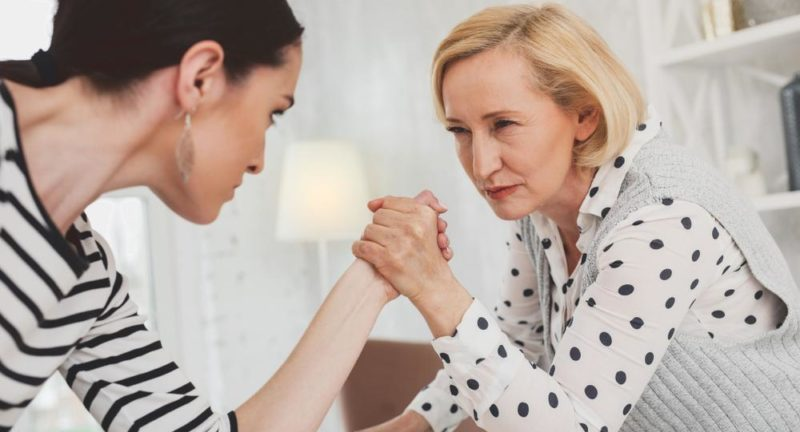 Что делать, если вы ненавидите свекровь? Советы, как жить без конфликтов