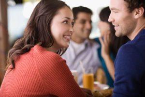 Оригинальные способы, как начать разговор с незнакомой девушкой в интернете или при встрече